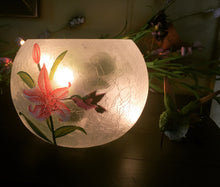 Load image into Gallery viewer, Hummingbird  with Lily Lamp