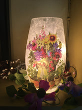 Load image into Gallery viewer, Floral Lamps