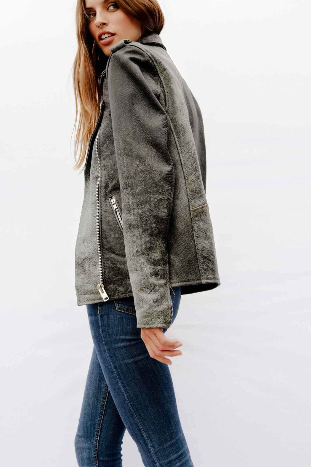 DISTRESSED OVERSIZED EASY RIDER
