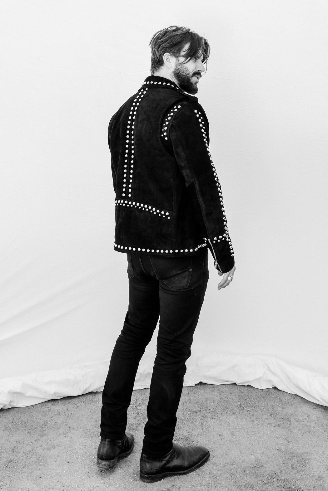 MENS STUDDED SUEDE EASY RIDER