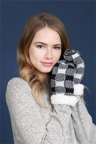 Black and White Buffalo Plaid Sherpa Mittens