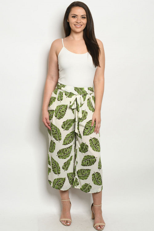 Ivory Leaf Print Plus Size Capri Pants