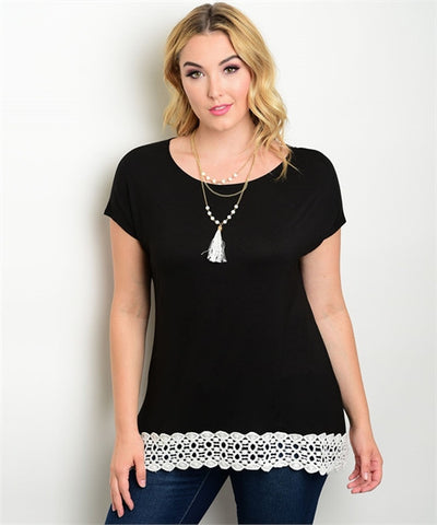 Women's Plus Size Black and White Round Neck Top