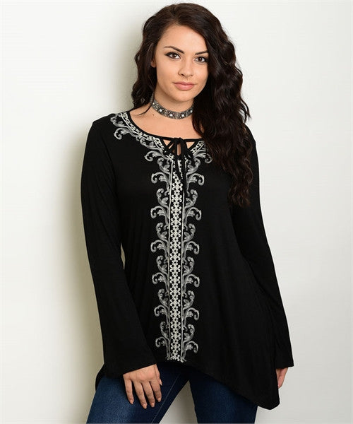 Women's Plus Size Black and White Embroidered Tunic Top