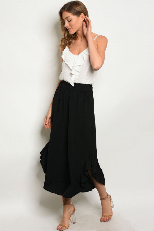 black wide leg ruffled detail capri pants