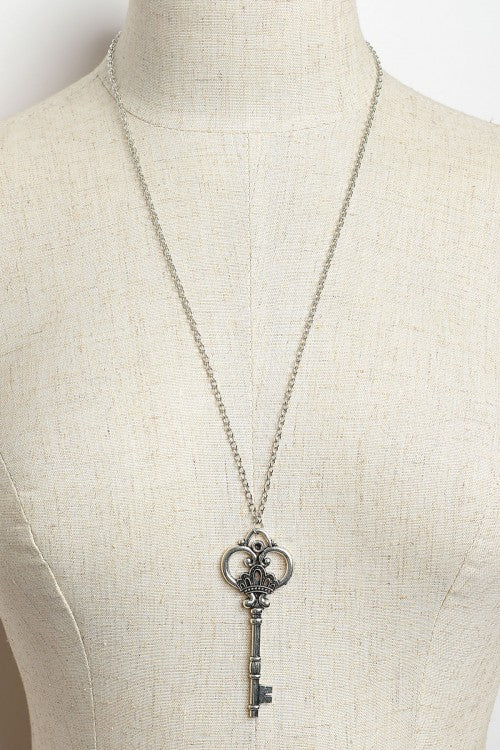 Silver Plate Antique Key Necklace