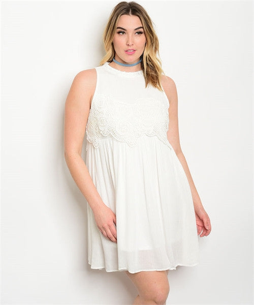 Women's Plus Size Off White Dress with Lace Bodice
