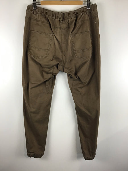 Ladies Active Wear  - Mane Leggings -Size M - LACT424  - GEE