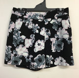 Ladies Shorts - Amisu - Size EUR40 - LS070 - GEE