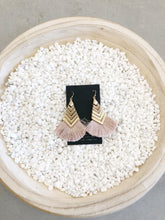 Load image into Gallery viewer, Gold Arrow Fringe Earring
