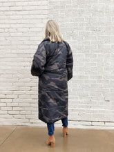 Load image into Gallery viewer, Black Camo Maxi Puffer Coat