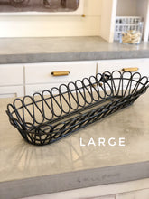 Load image into Gallery viewer, Scalloped Metal Plant Basket