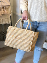 Load image into Gallery viewer, Venice Straw Basket Bag