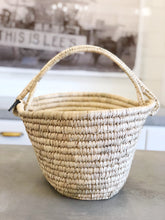 Load image into Gallery viewer, Oval Kansgrass Basket w/ Handle
