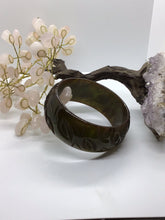 Load image into Gallery viewer, Lucite Bangle