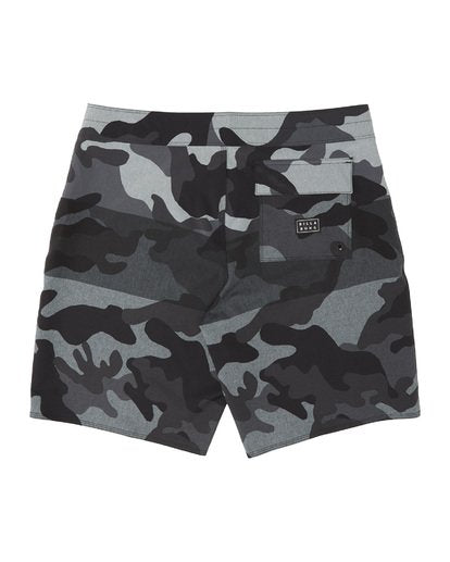 Billabong Tribong Airlite Boardshort