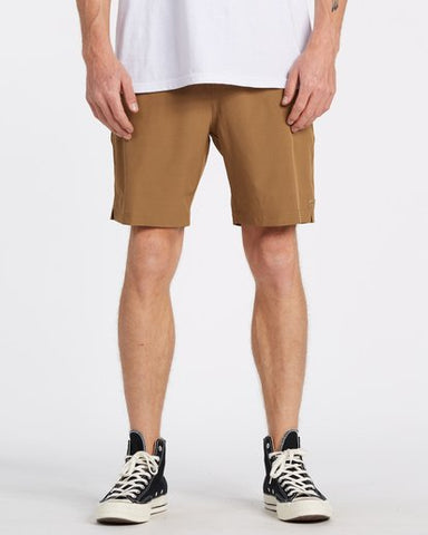 Billabong Transport Elastic Short - Clay