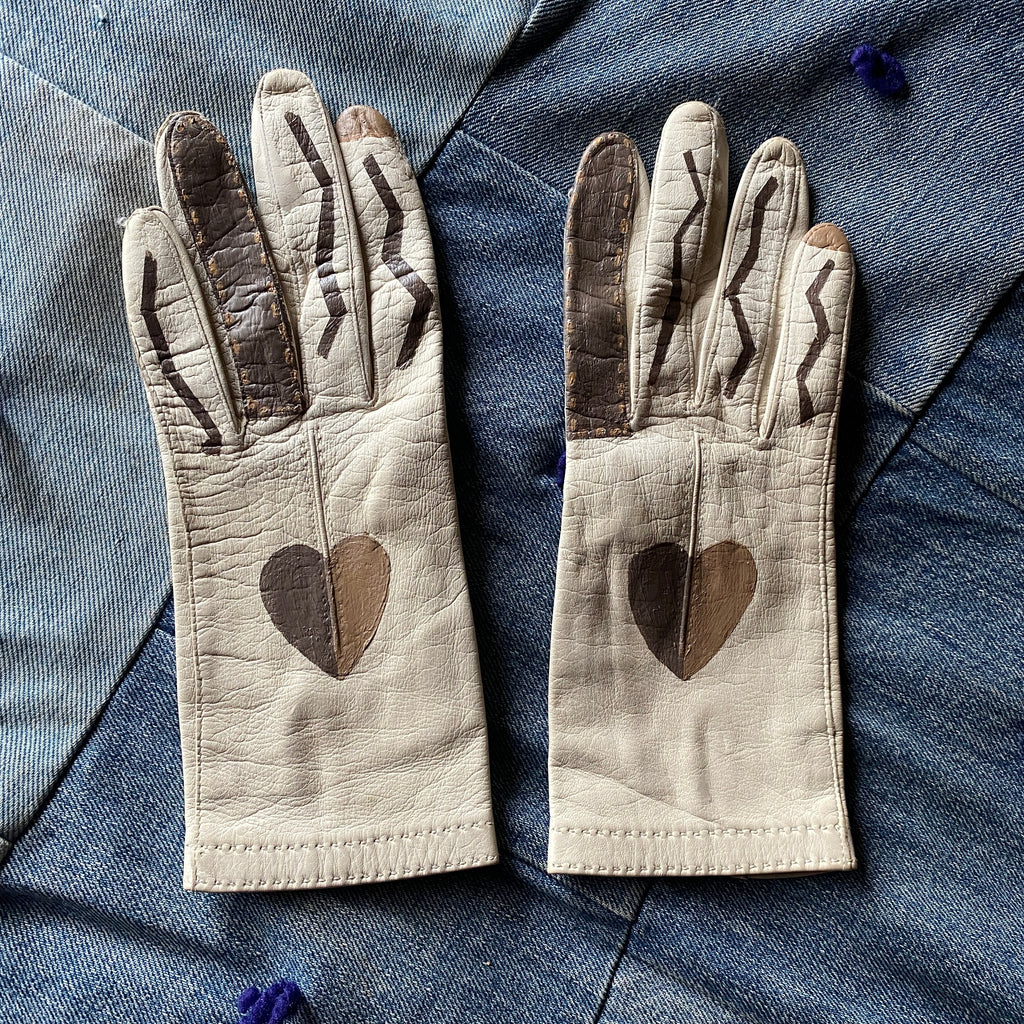 Customized vintage lambskin gloves