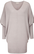 Load image into Gallery viewer, 100% Cashmere V neck sweater with our signature rib cuff.