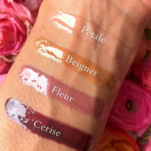 Load image into Gallery viewer, Moisture Boost Oil Lip Shine - Beignet