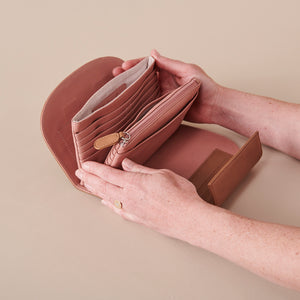 Treasurer Clutch - Toffee