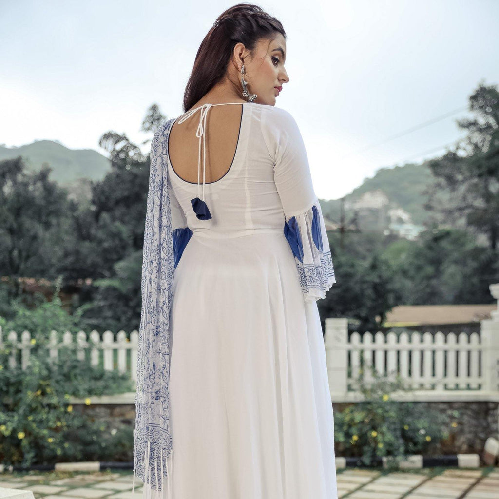 White Chiffon Tasseled Suit Set - Ambraee