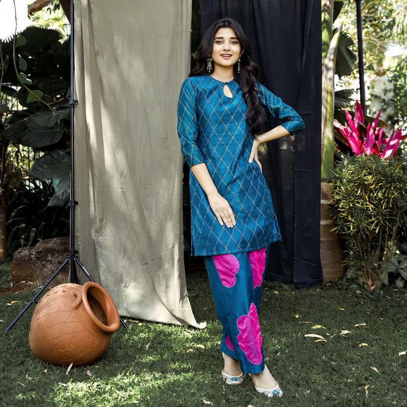 Teal Chanderi Blooming Kurta Set - Ambraee