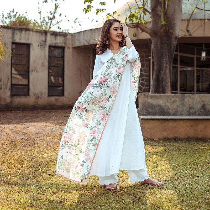 White Scallop Neck Suit Set With Pants - Ambraee