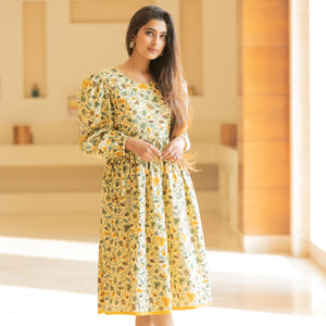 Yellow Spring Backless Dress - Ambraee