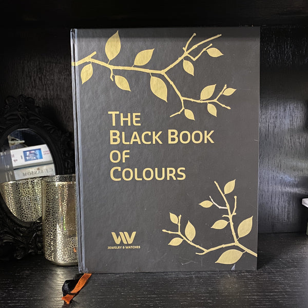 BOEK THE BLACK BOOK OF COLOURS