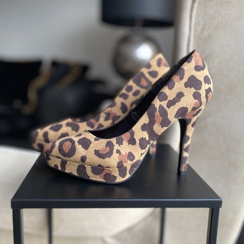 PUMPS H&M DIVIDED PANTERPRINT