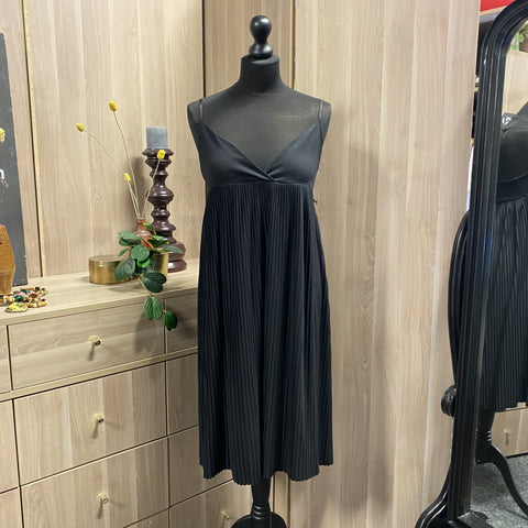 JURK WE LITTLE BLACK DRESS tweedehands spullen online kopen online vintagekoopjes vintage fashion online