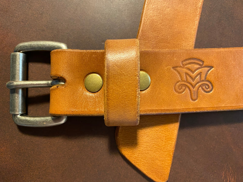 Clasic Belt in Buck Brown
