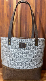 The Weekender Tote in Feather Print