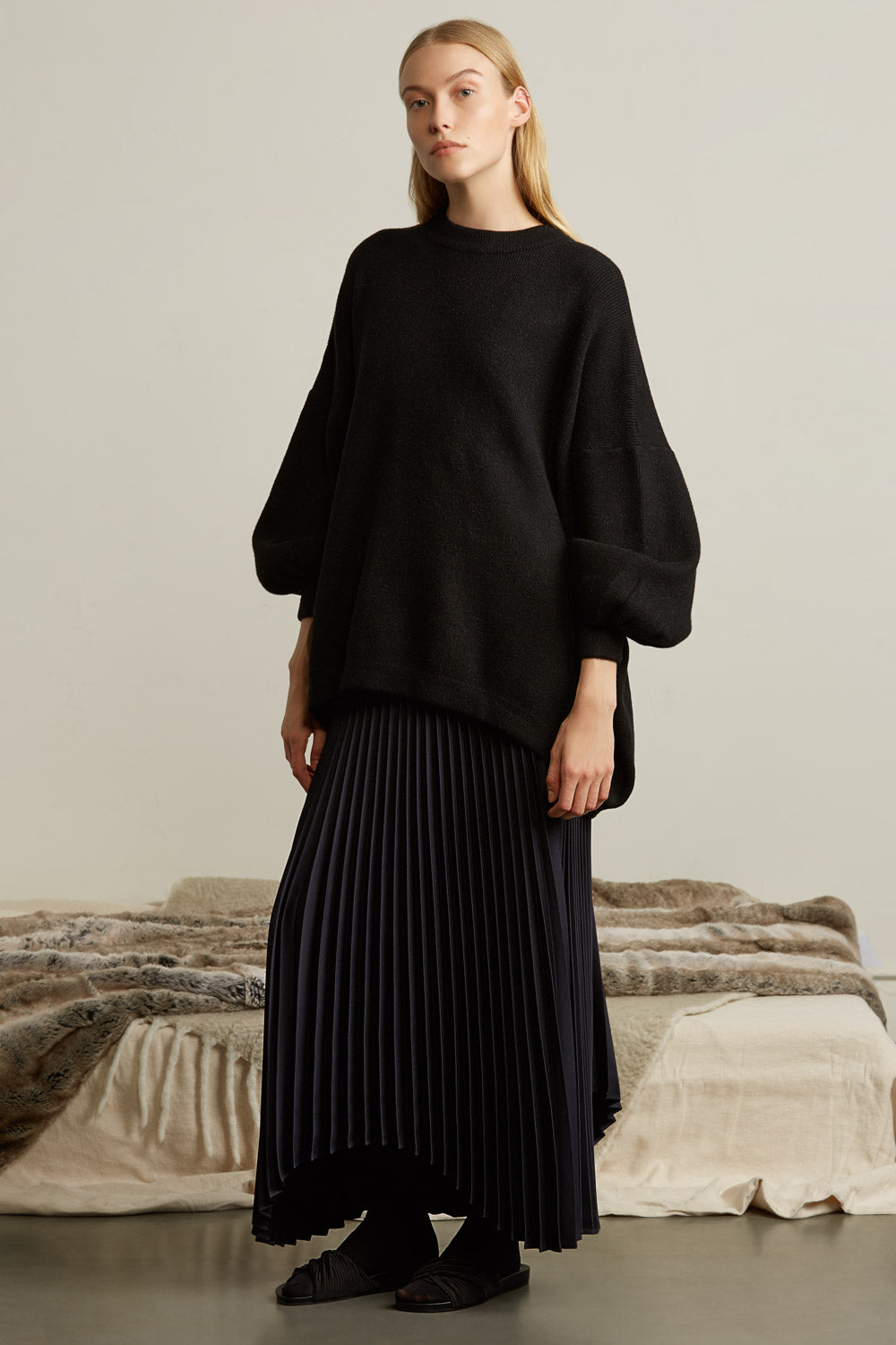High Low Hem Pleated Maxi Skirt