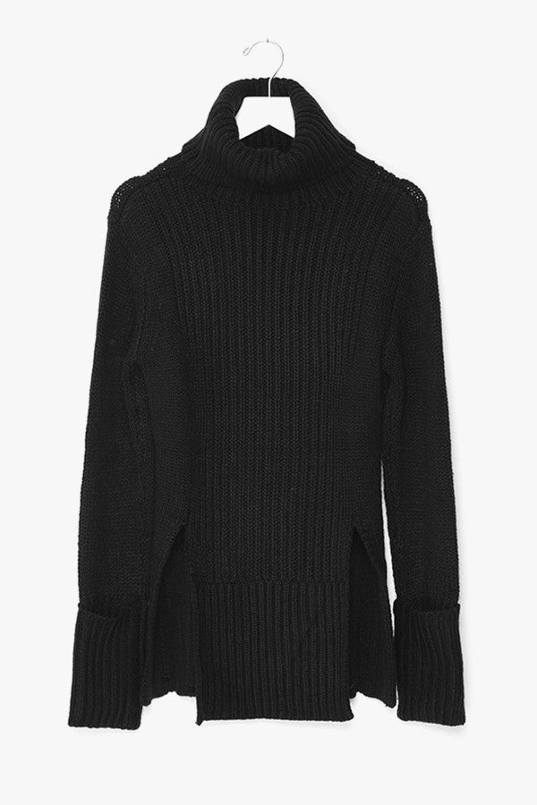 High-Slits Long Sleeved Sweater