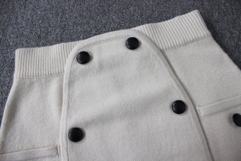 Knit Mini Skirt with Buttons