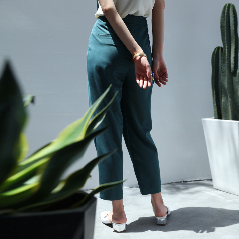 Mid-Waist Oversized Crop Pants