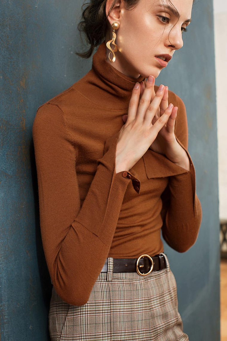 Turtleneck Long Sleeved Thin Sweater