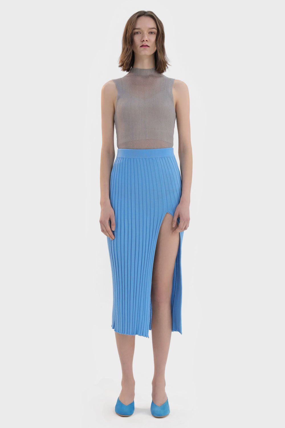 Pleated Front Slit Skirt