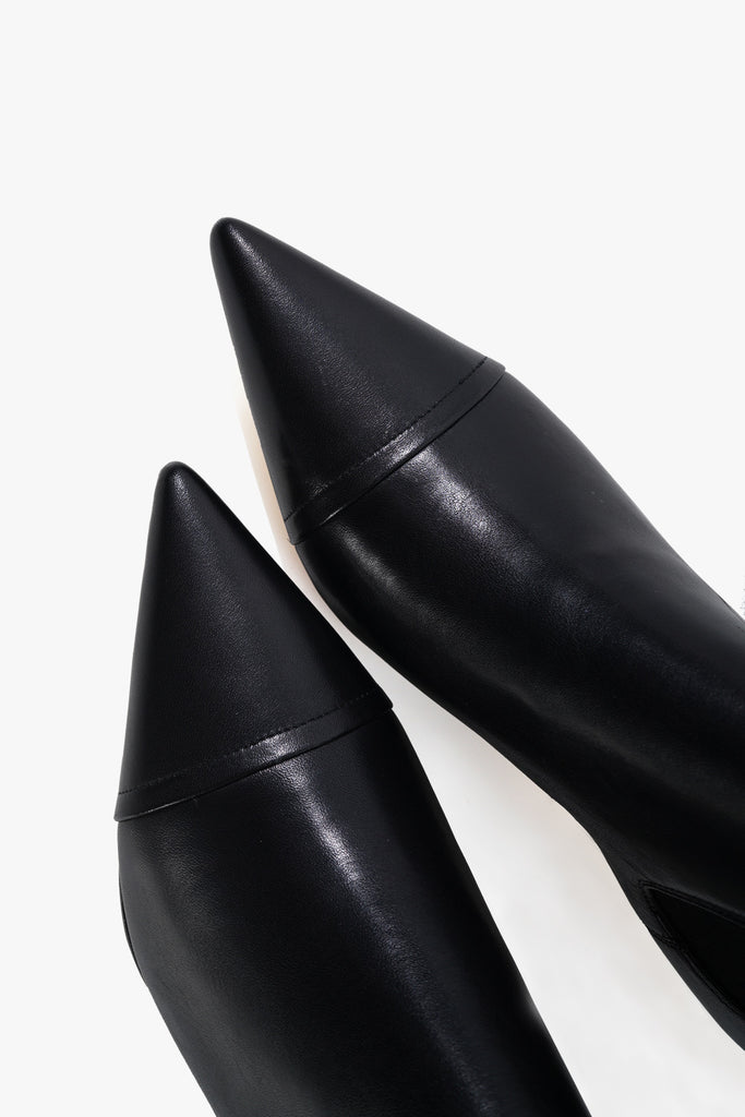 Tip Low Heel Leather Boots
