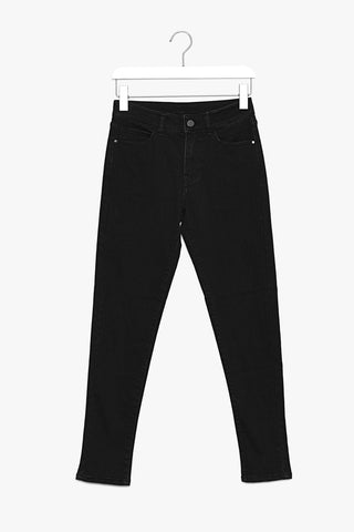 Cropped Black Stretch Jeans