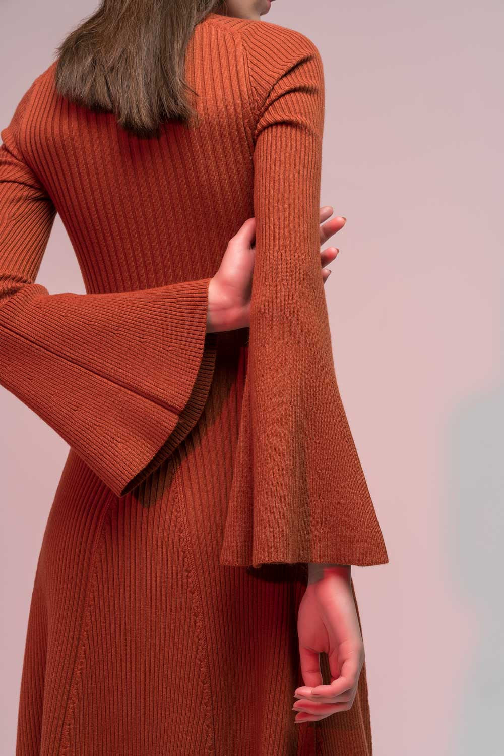 Bell Sleeved Knit Midi Dress