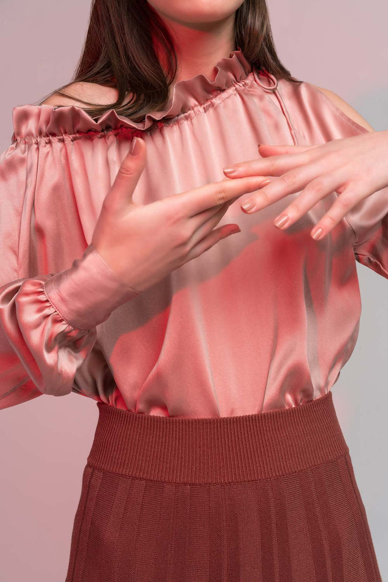 Off-Shoulder Ruffles Silk Shirt