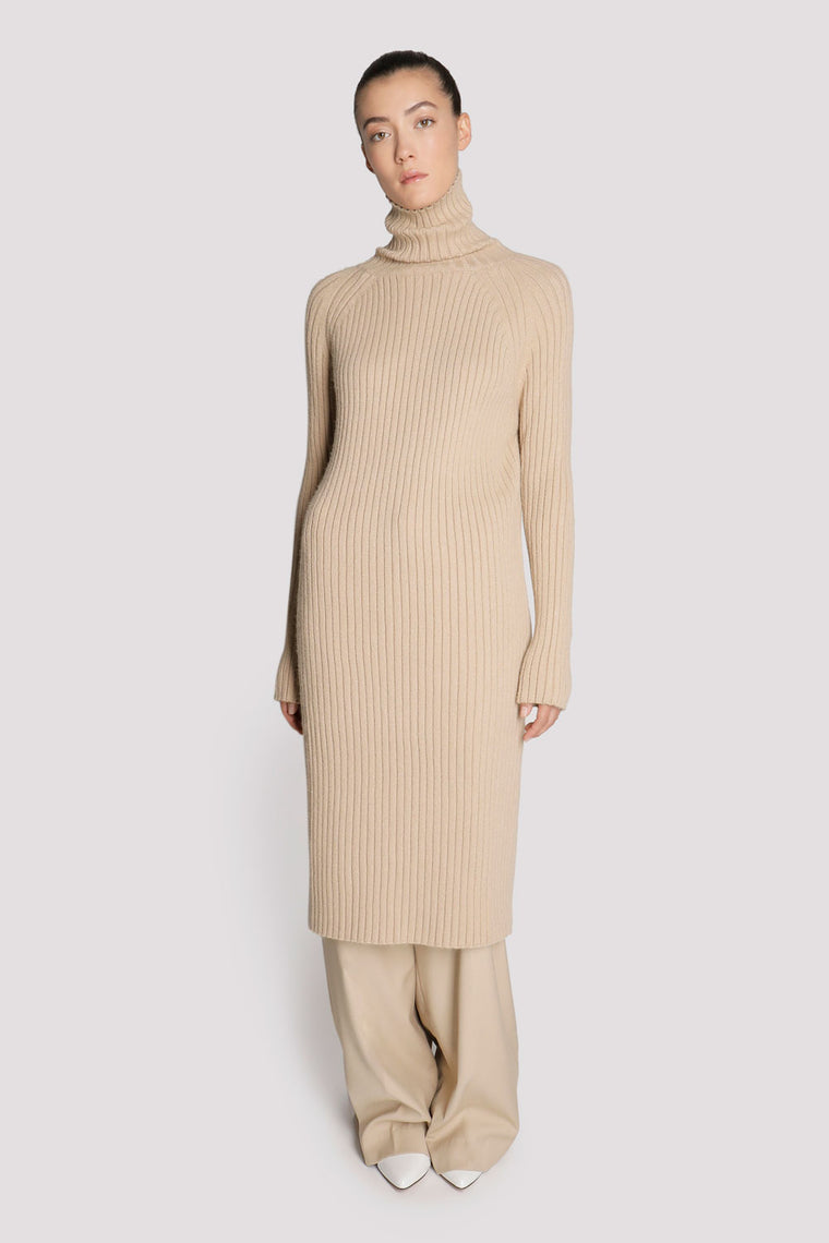 1be3bd9d8f50f Shop Women s Sweaters at Genuine People