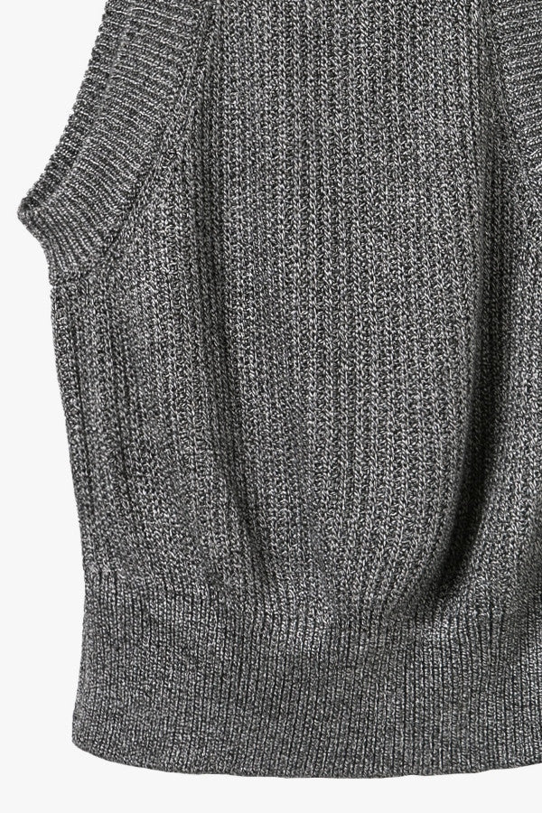 Gray Sleeveless Crop Knit Top