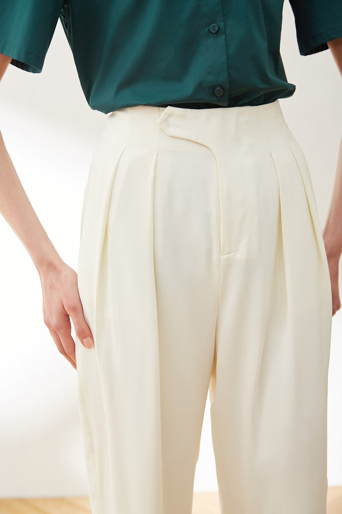 Front Tab Thin Tapered Pants