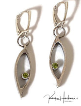 Load image into Gallery viewer, Ellipsed Earrings