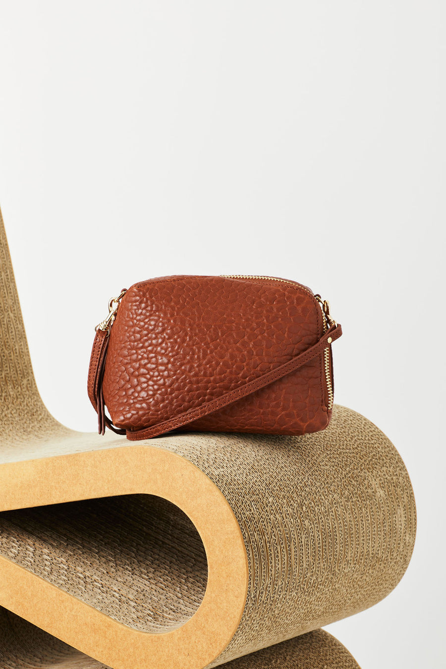 Vash - Izar Mini Crossbody bag in Tan