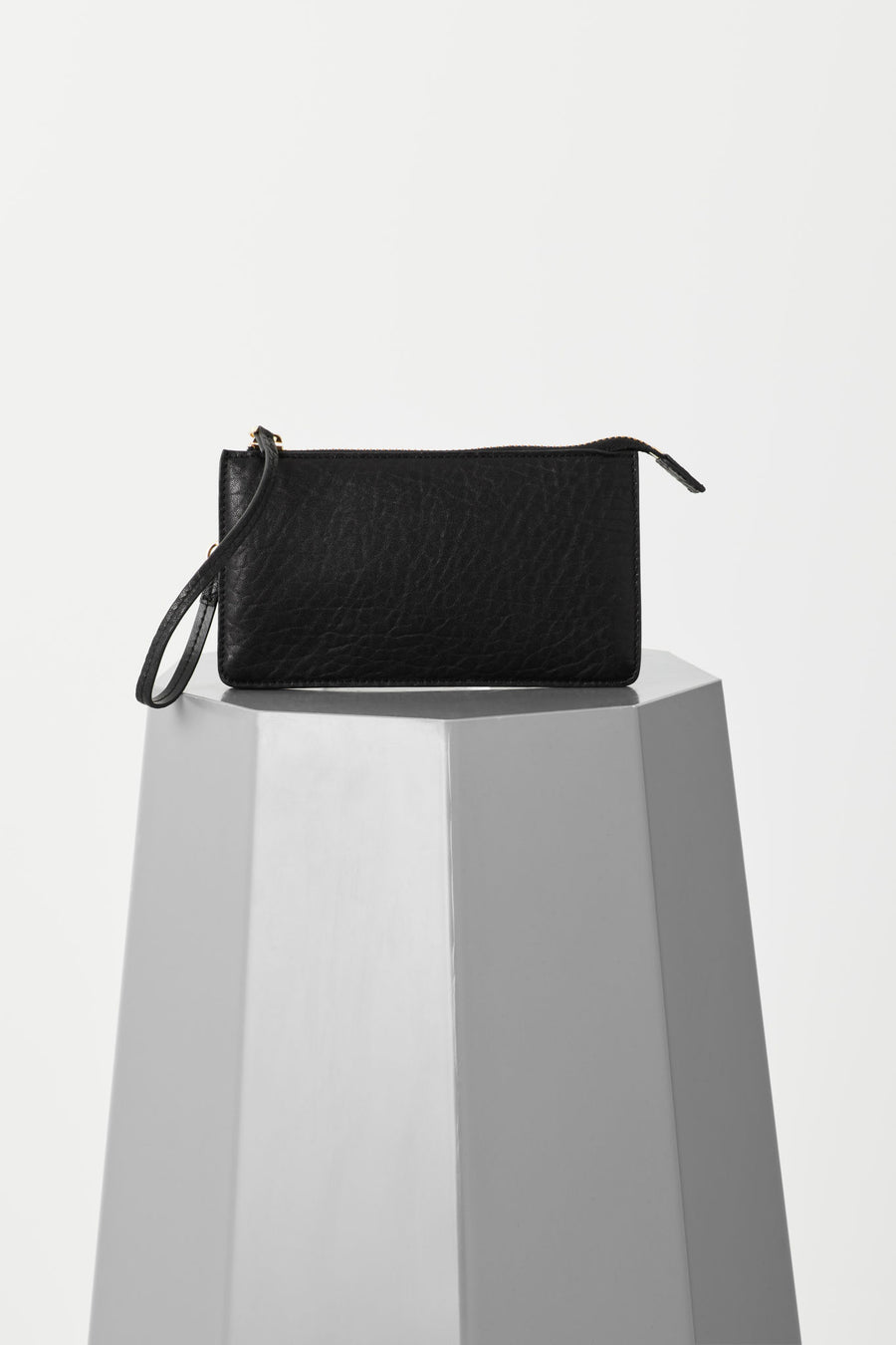 Vash - Polaris Flat Wallet Clutch in Black Bubble Leather